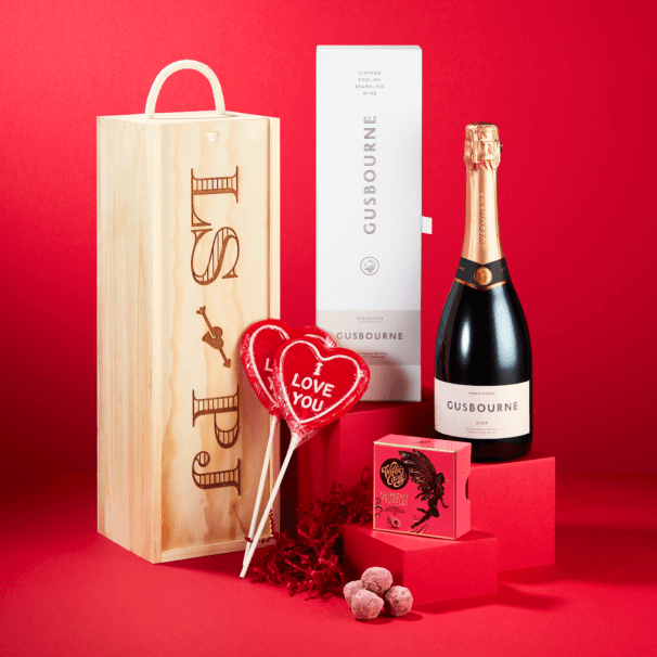 Rosé Bubbles & Lovers Truffles Personalised Gift Box